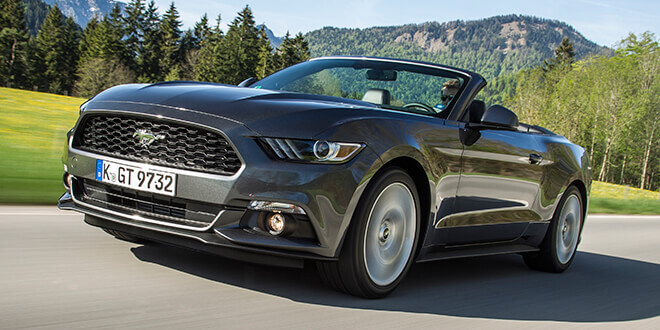 Miami Luxury Car Rental >> Ford Mustang GT Convertible hire – Sixt Sports & Luxury Cars